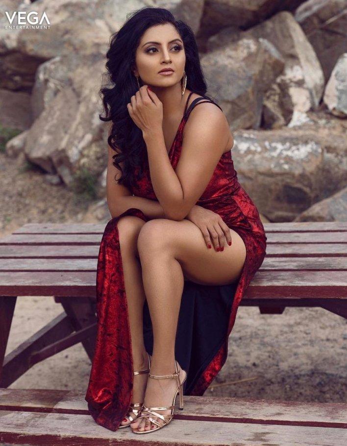 Sunita Varma Beautiful HD Photos 13