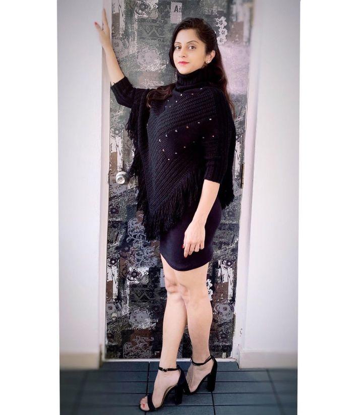 Sunita Varma Beautiful HD Photos 24