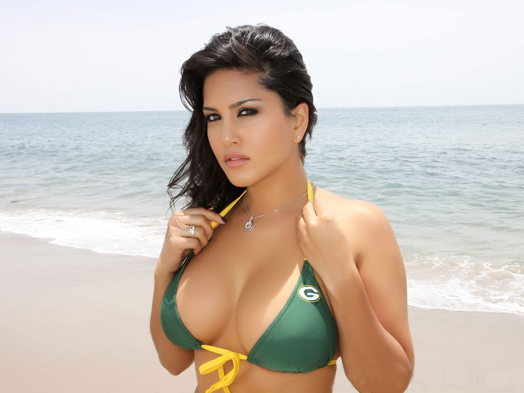 42 HD Photos of Sunny Leone you will Love 13