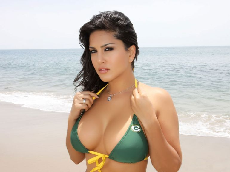 42 HD Photos of Sunny Leone you will Love 12