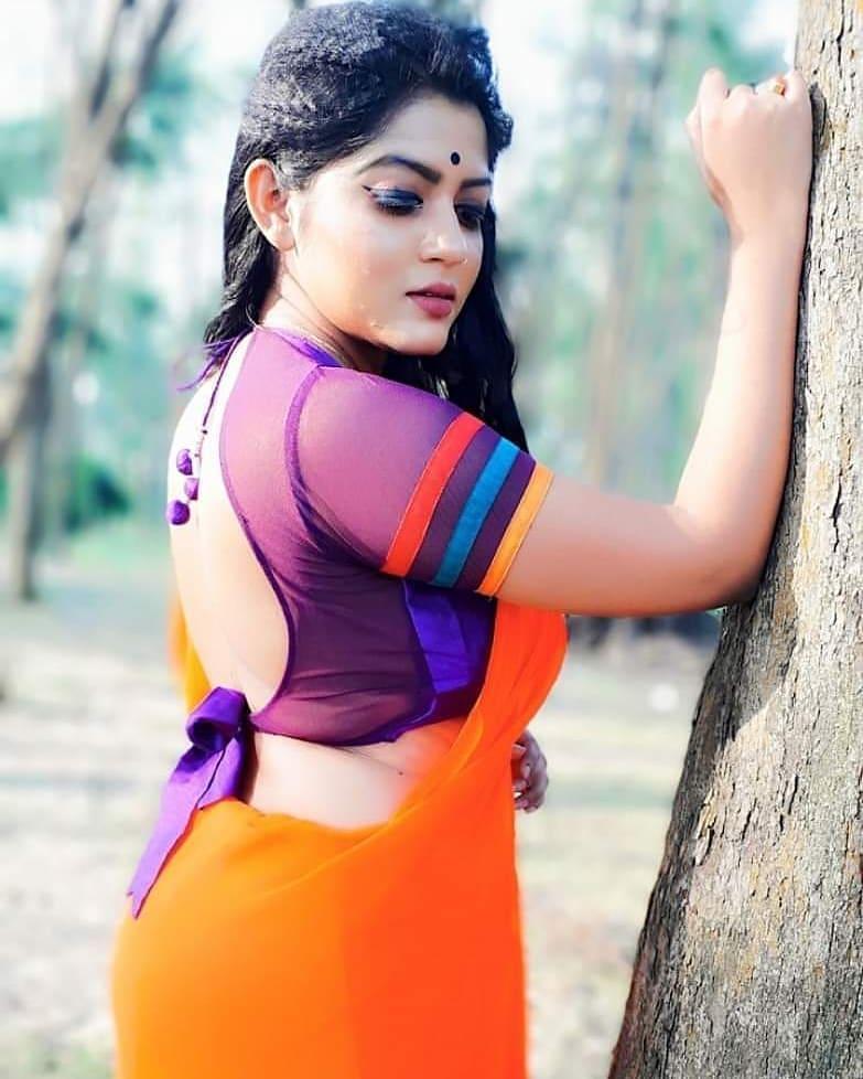 38+ Stunning Photos of Triya Das 5