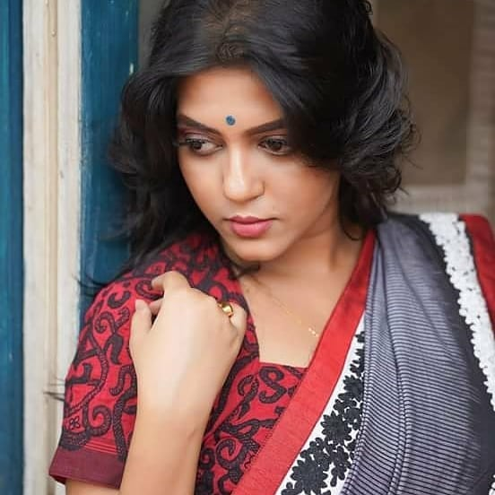 Triya Das 38+ Stunning Photos, Wiki, Age, Biography, and web series 50