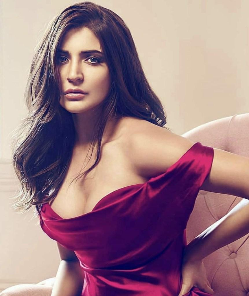 51 Beautiful Photos of Anushka Sharma 15
