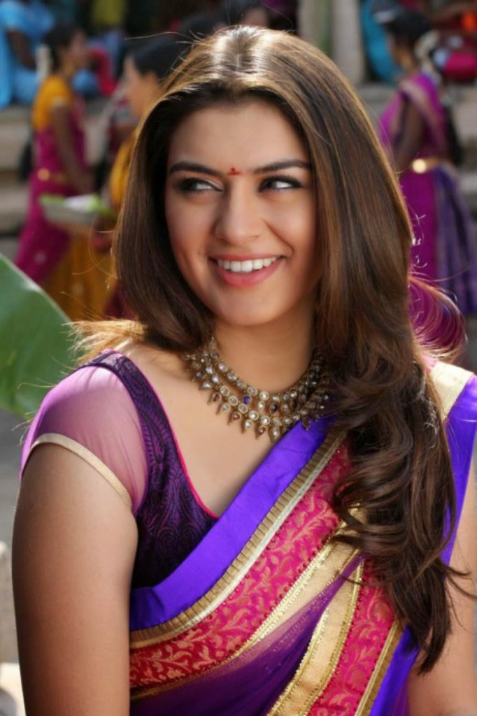 Check out these 33+ photos of Hansika Motwani 107