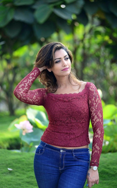 80+ Charming Photos of Mamtha Mohandas 144