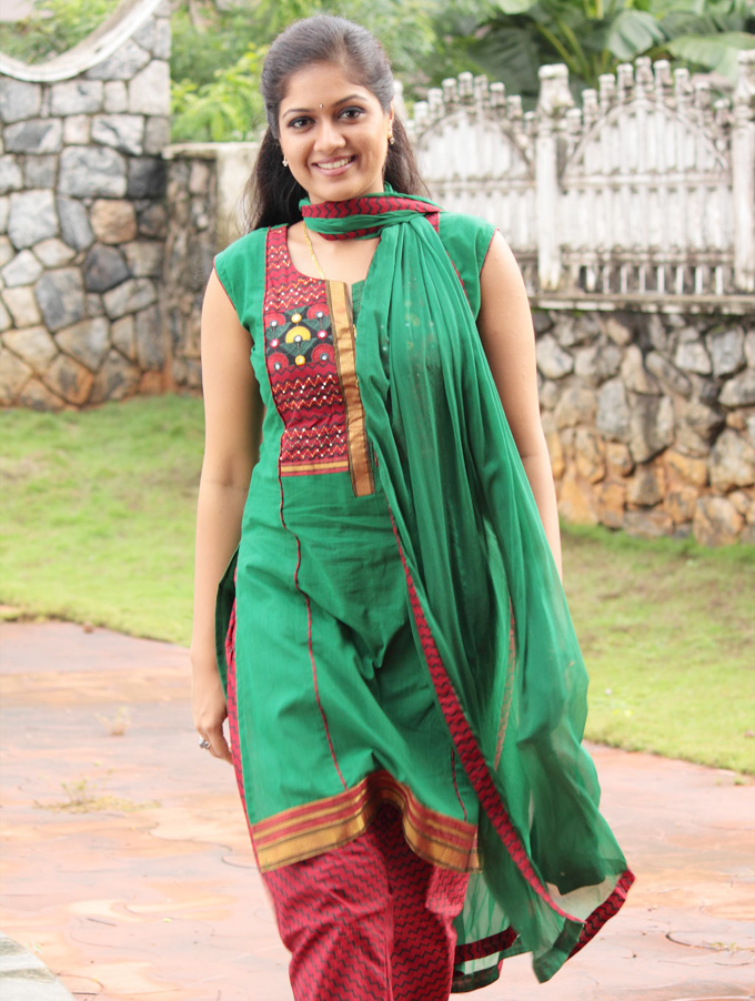 Check out this 45 Beautiful Photos of Meghna Raj 12
