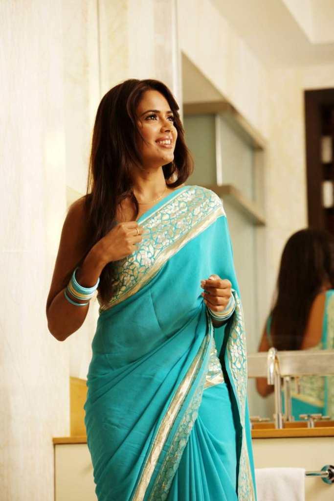 28+ Lovely Photos of Sameera Reddy 90