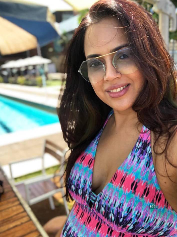 28+ Lovely Photos of Sameera Reddy 26