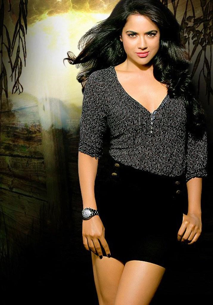 28+ Lovely Photos of Sameera Reddy 21