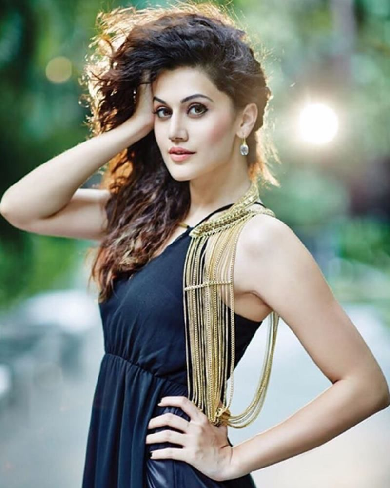 39+ Gorgeous Photos of Taapsee Pannu 27