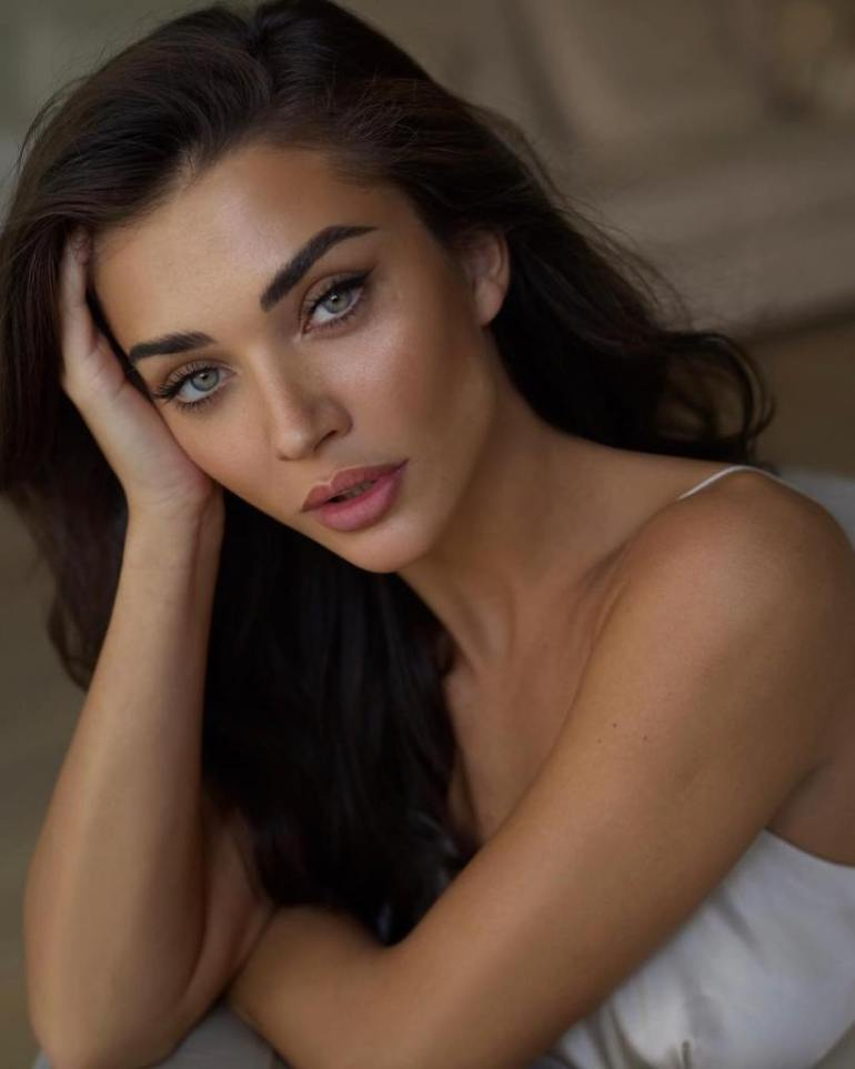50+ Glamorous Photos of Amy Jackson 13