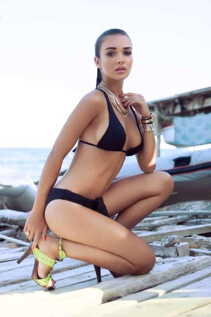 50+ Glamorous Photos of Amy Jackson 44