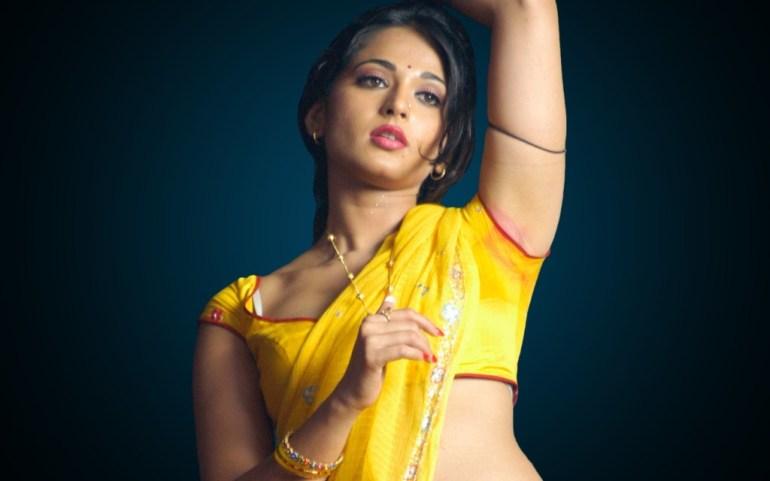Anushka Shetty Wiki, Biography, Movies, and 126+ Stunning Photos 193