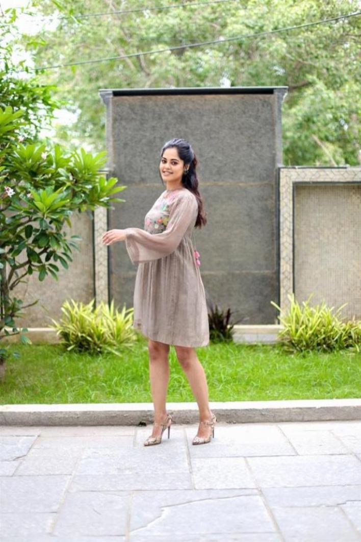 39+ Gorgeous Photos of Bindu Madhavi 33