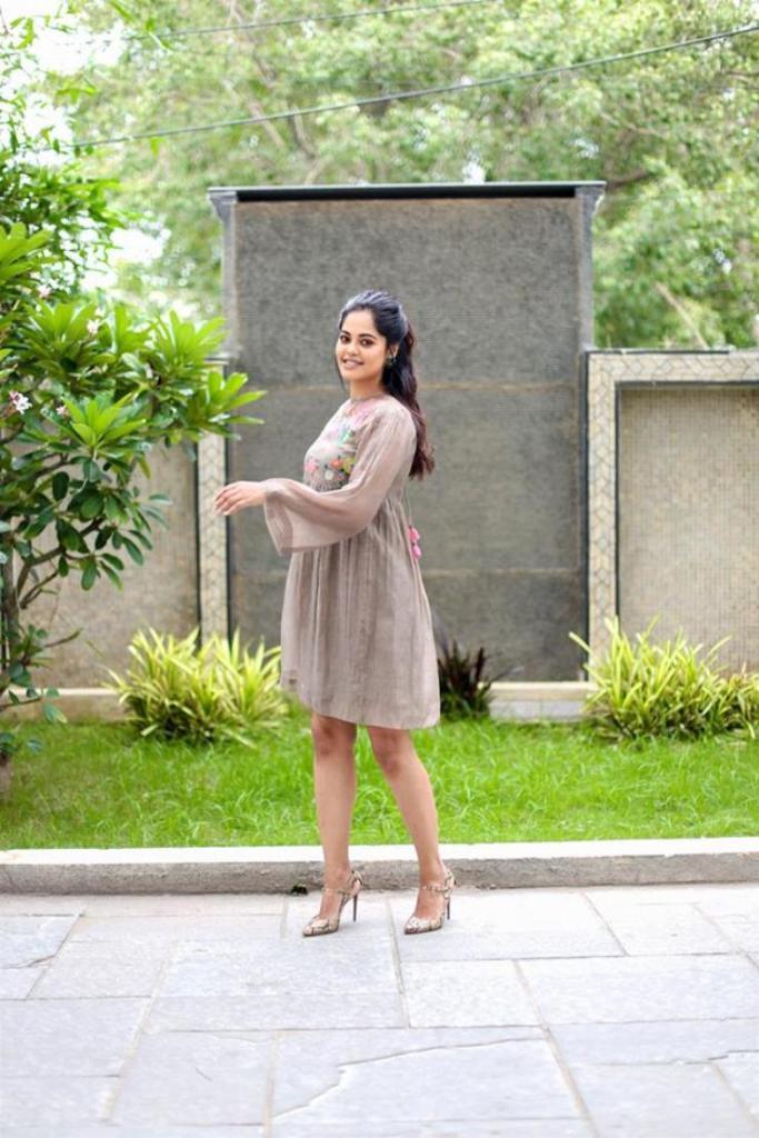 39+ Gorgeous Photos of Bindu Madhavi 34