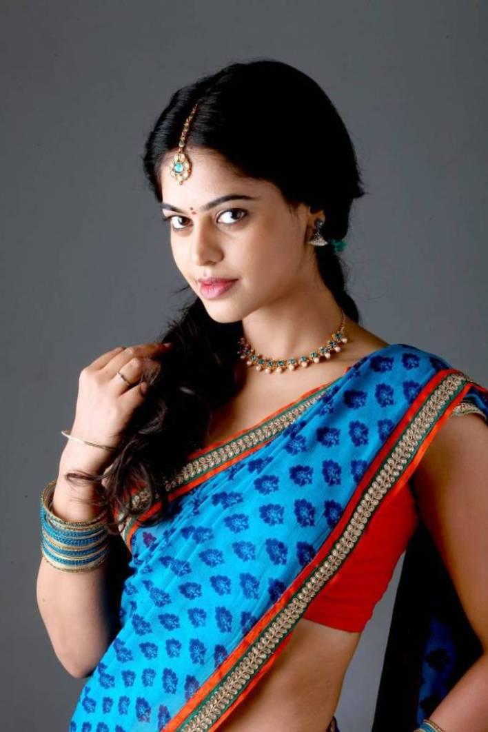 39+ Gorgeous Photos of Bindu Madhavi 6