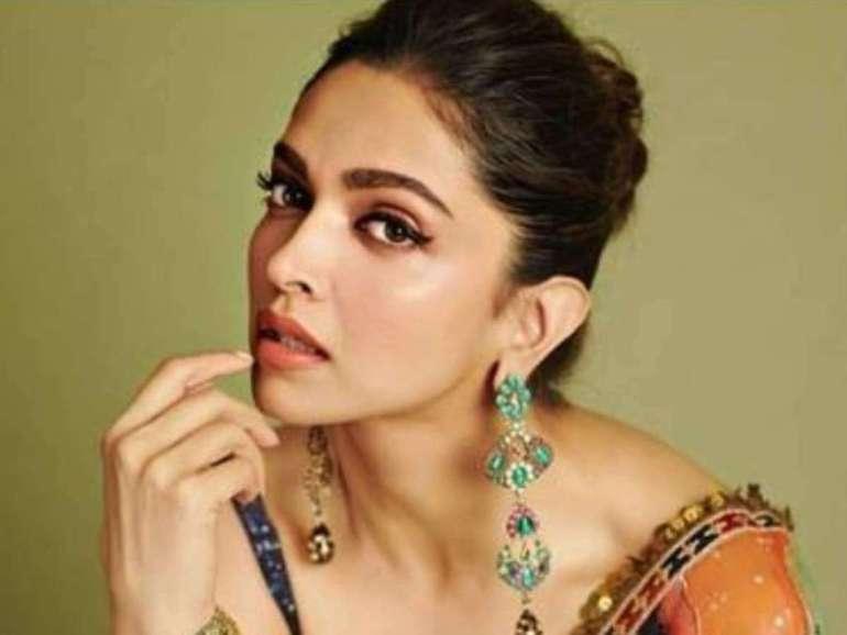 65+ Glamorous Photos of Deepika Padukone 26