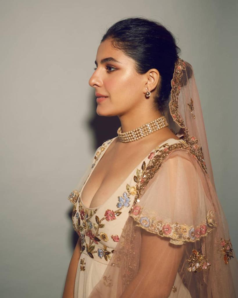 42+ Glamorous Photos of Isha Talwar 3