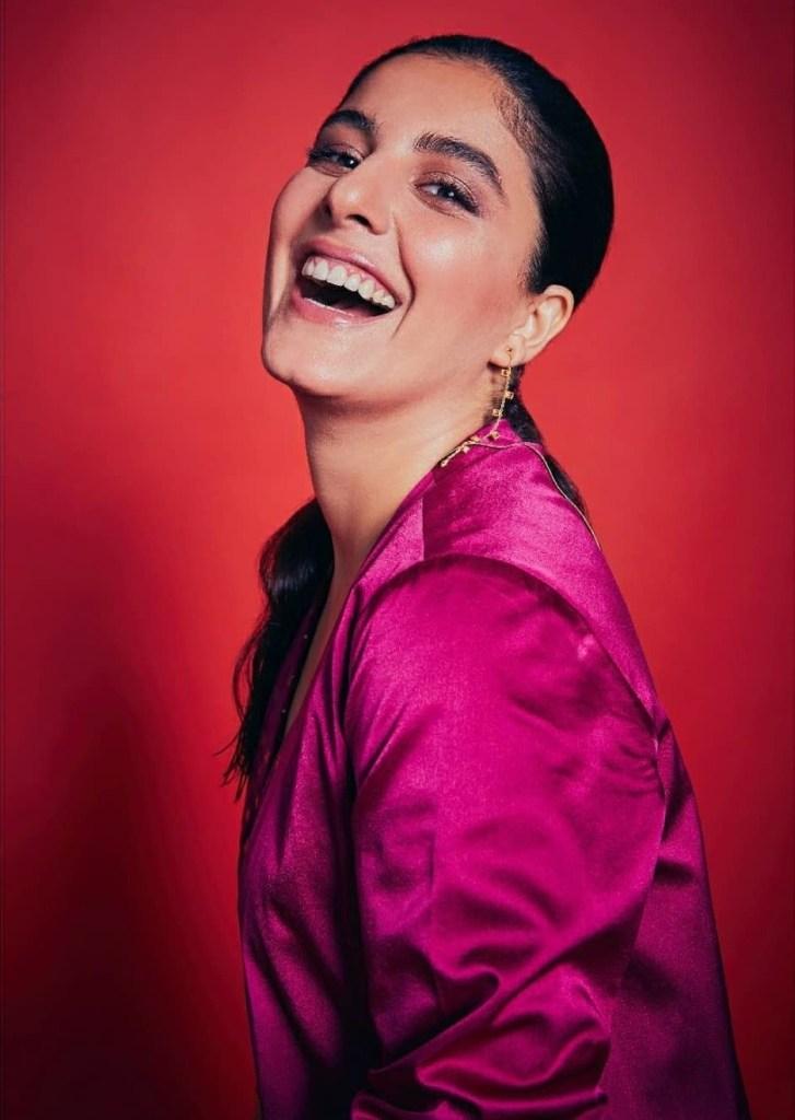 42+ Glamorous Photos of Isha Talwar 17