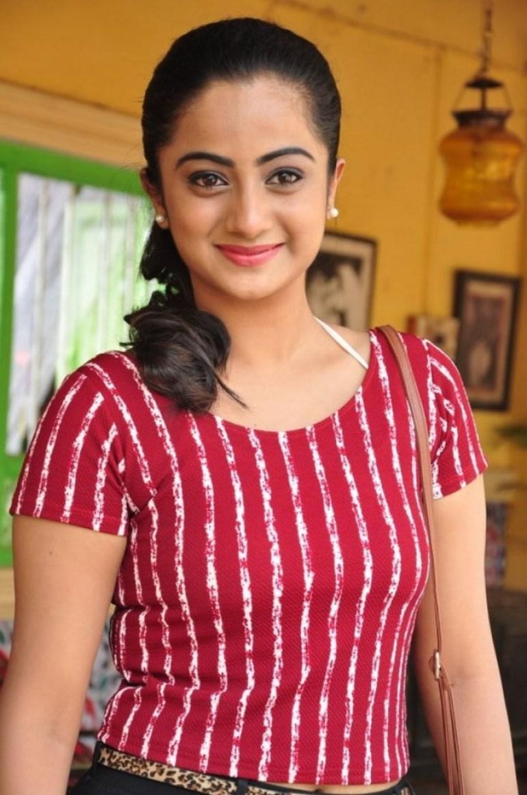 48+ Stunning Photos of Namitha Pramod 35