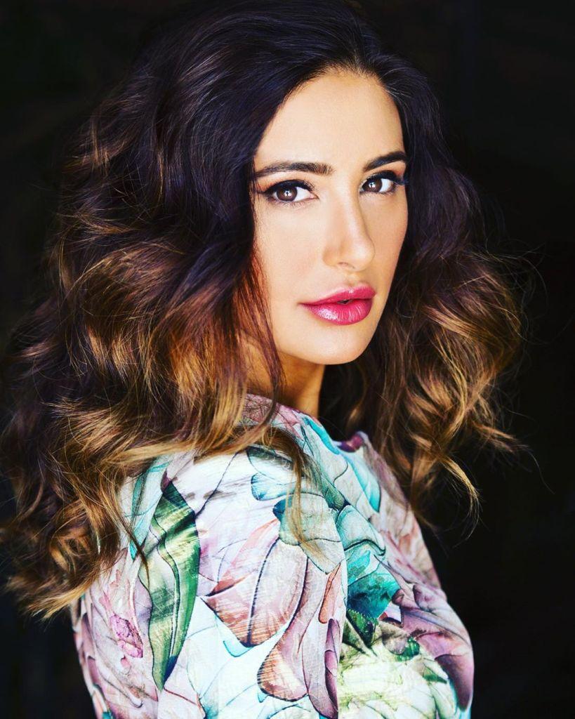 51+ Glamorous Photos of Nargis Fakhri 16