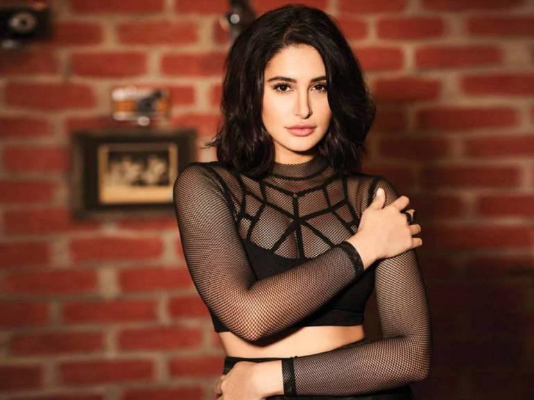 51+ Glamorous Photos of Nargis Fakhri 73