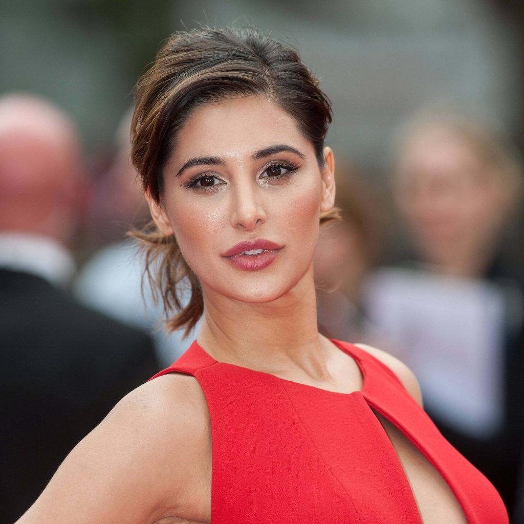 51+ Glamorous Photos of Nargis Fakhri 52