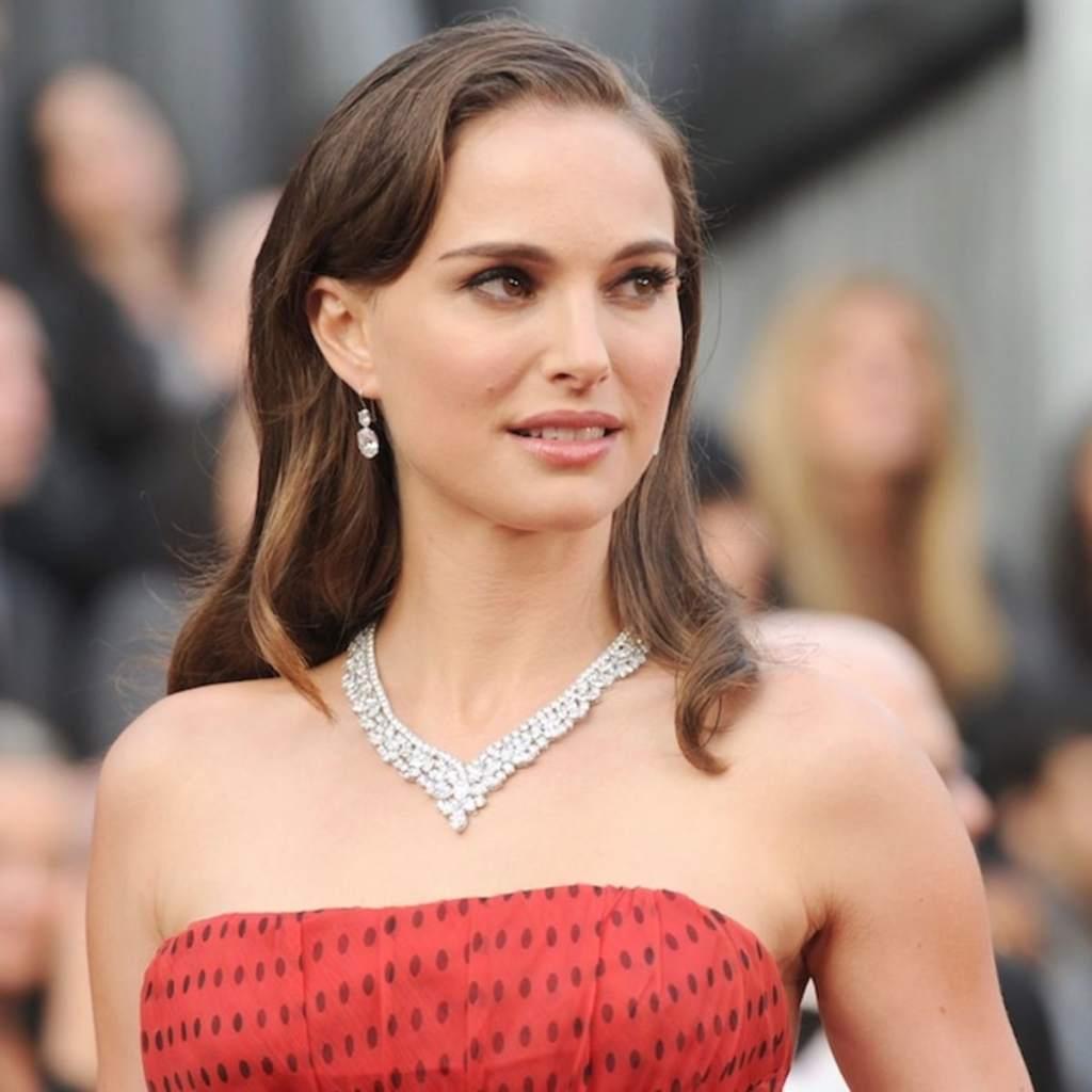 51+ Glamorous Photos of Natalie Portman 17