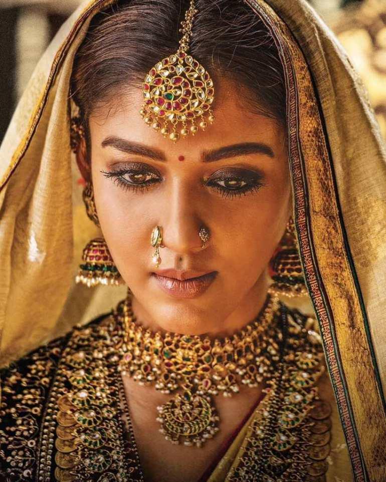 59+ Gorgeous Photos of Nayanthara 97