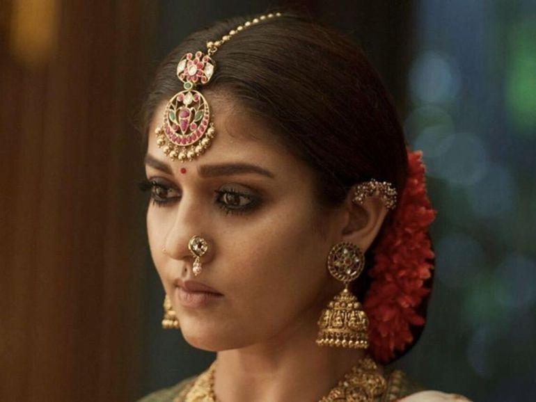 59+ Gorgeous Photos of Nayanthara 38