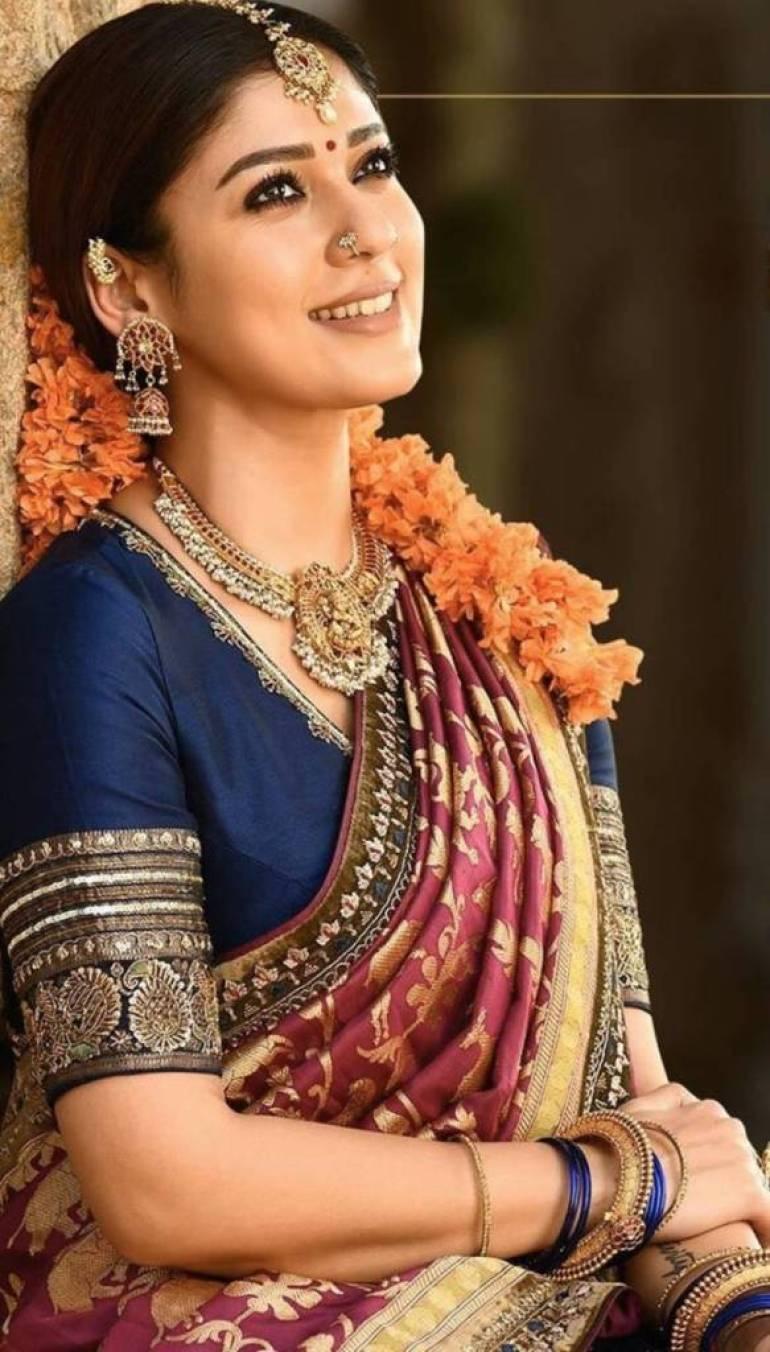 59+ Gorgeous Photos of Nayanthara 40
