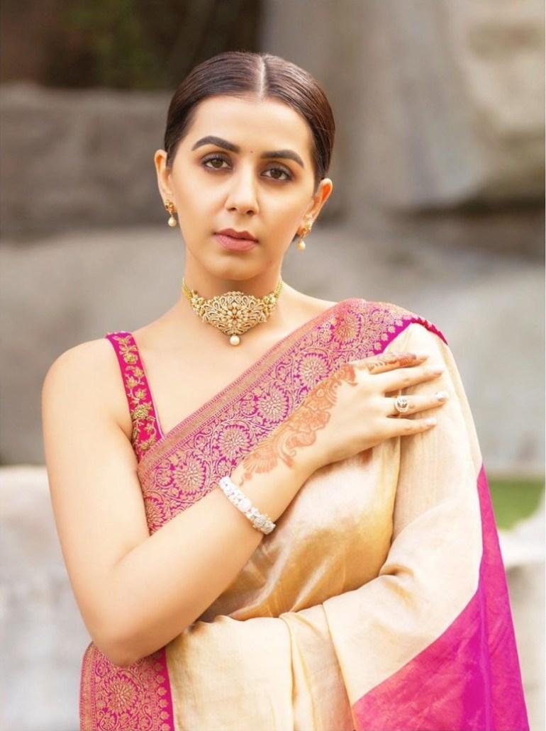 36+ Stunning Photos of Nikki Galrani 120