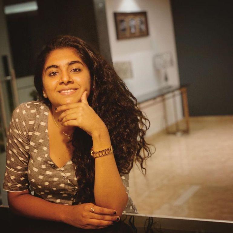 39+ Gorgeous Photos of Nimisha Sajayan 109