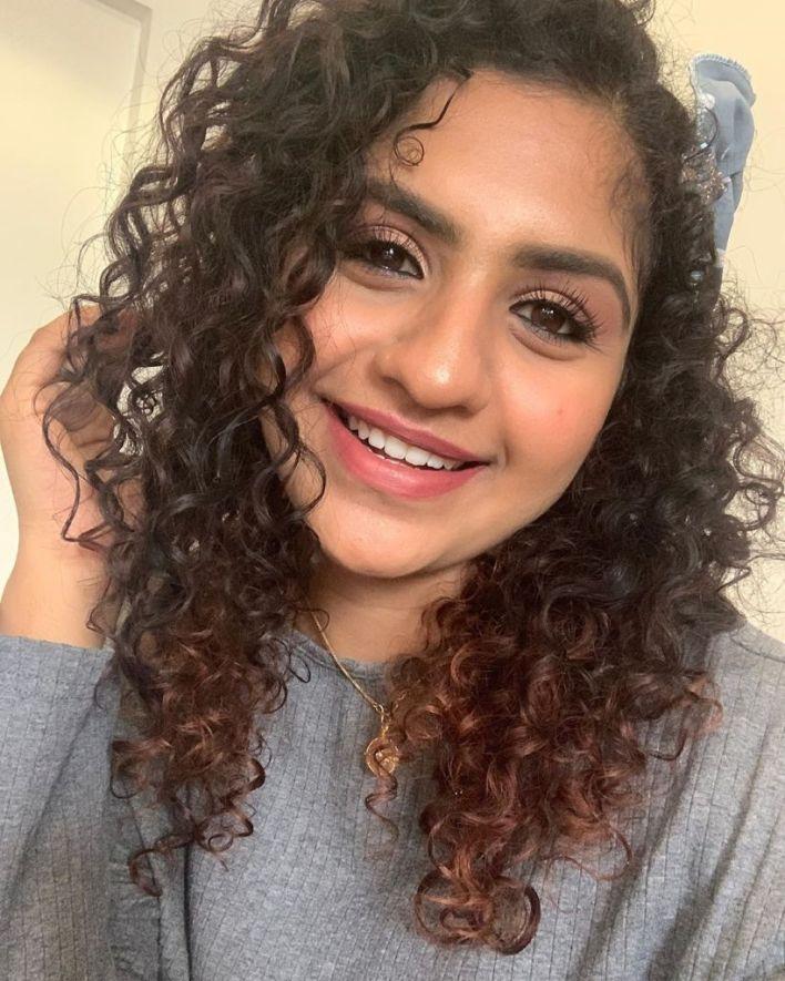 27+ Charming Photos of Noorin Shereef 16