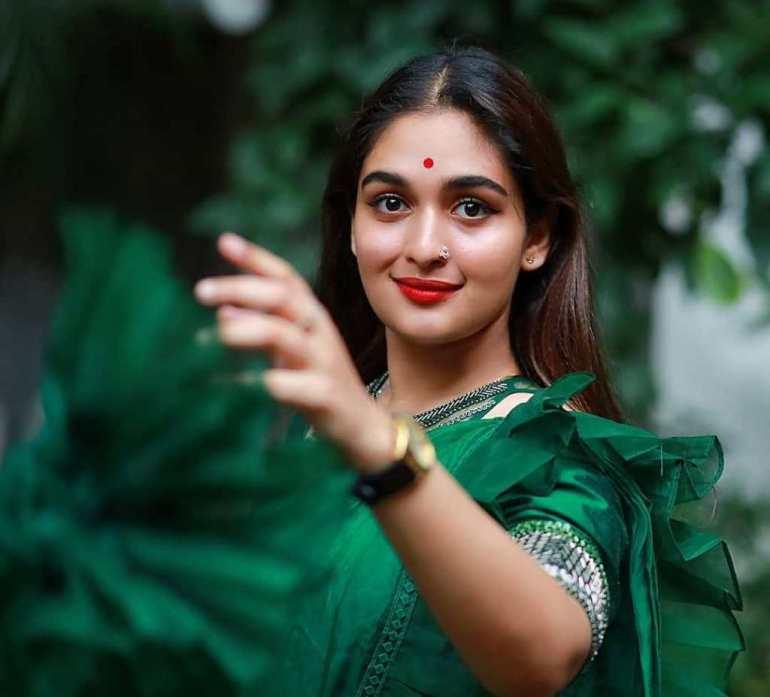 51+ Stunning Photos of Prayaga Martin 8