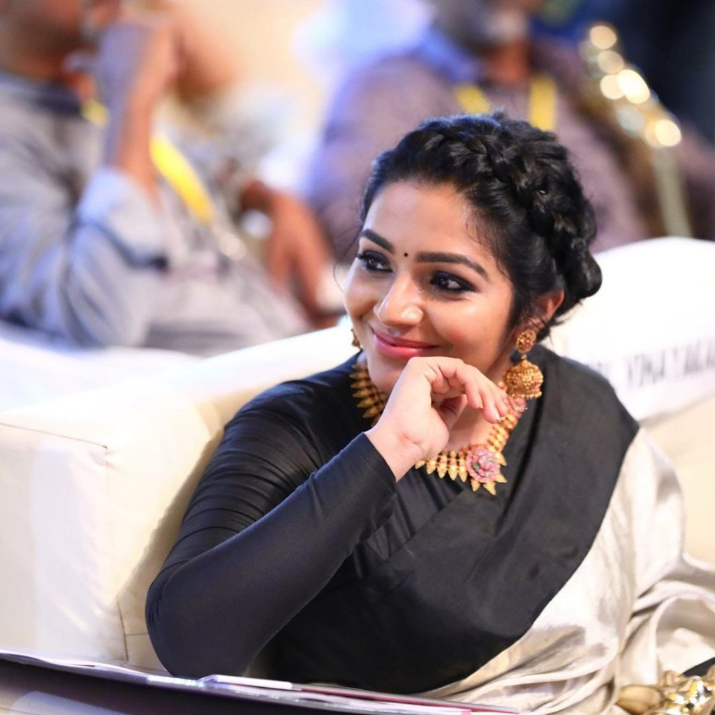 71+ Beautiful Photos of Rajisha Vijayan 18