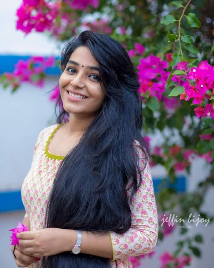 71+ Beautiful Photos of Rajisha Vijayan 21