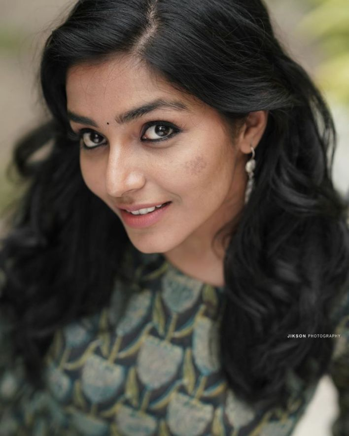 71+ Beautiful Photos of Rajisha Vijayan 40