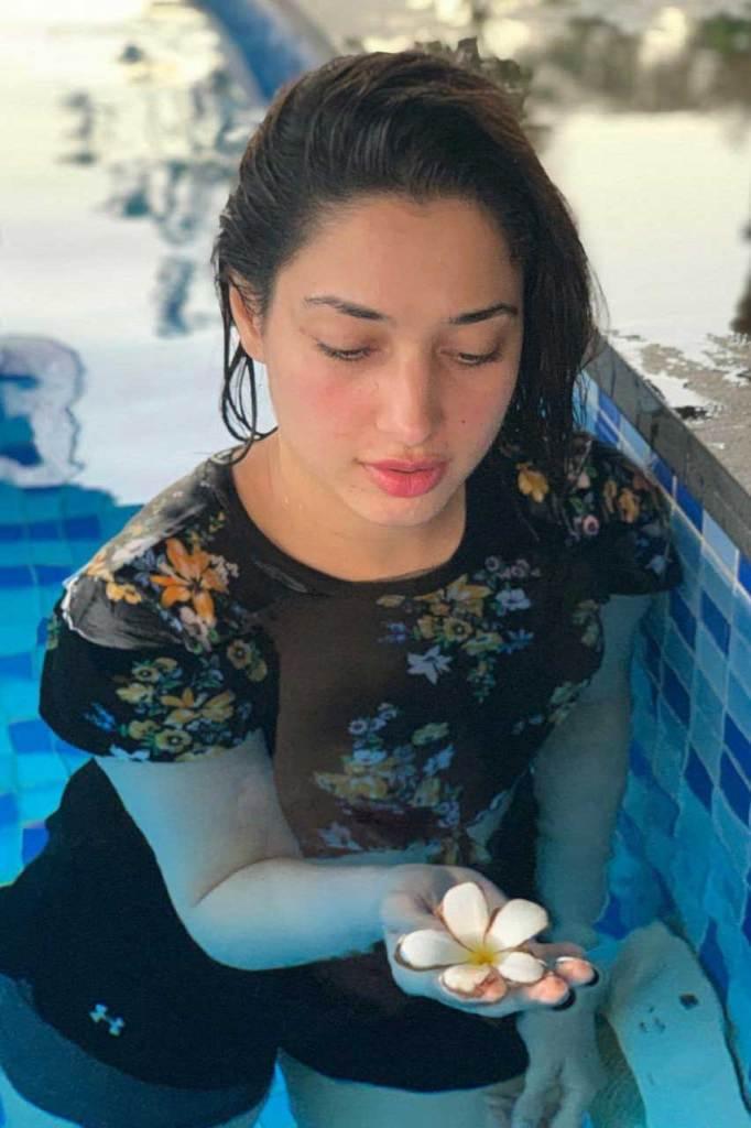 Tamanna Bhatia Wiki, Age, Biography, Movies, and Glamorous Photos 161