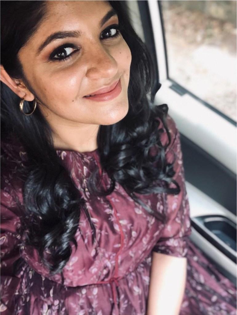 53+ Gorgeous Photos of Aparna Balamurali 16