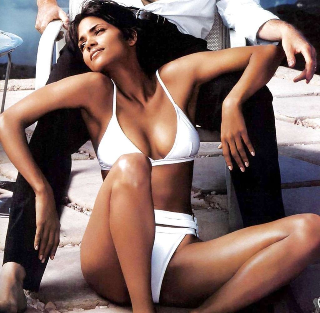 59+ Charming Photos of Halle Berry 14