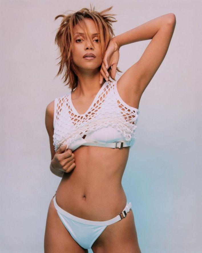 59+ Charming Photos of Halle Berry 20