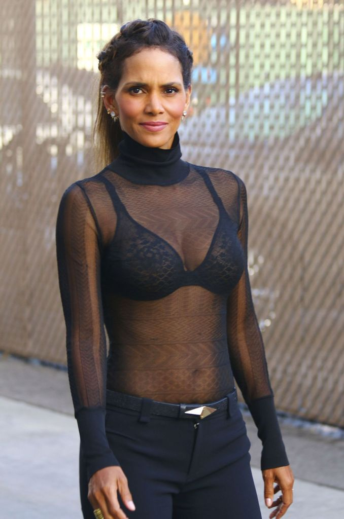 59+ Charming Photos of Halle Berry 106
