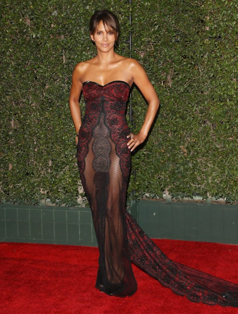 59+ Charming Photos of Halle Berry 107