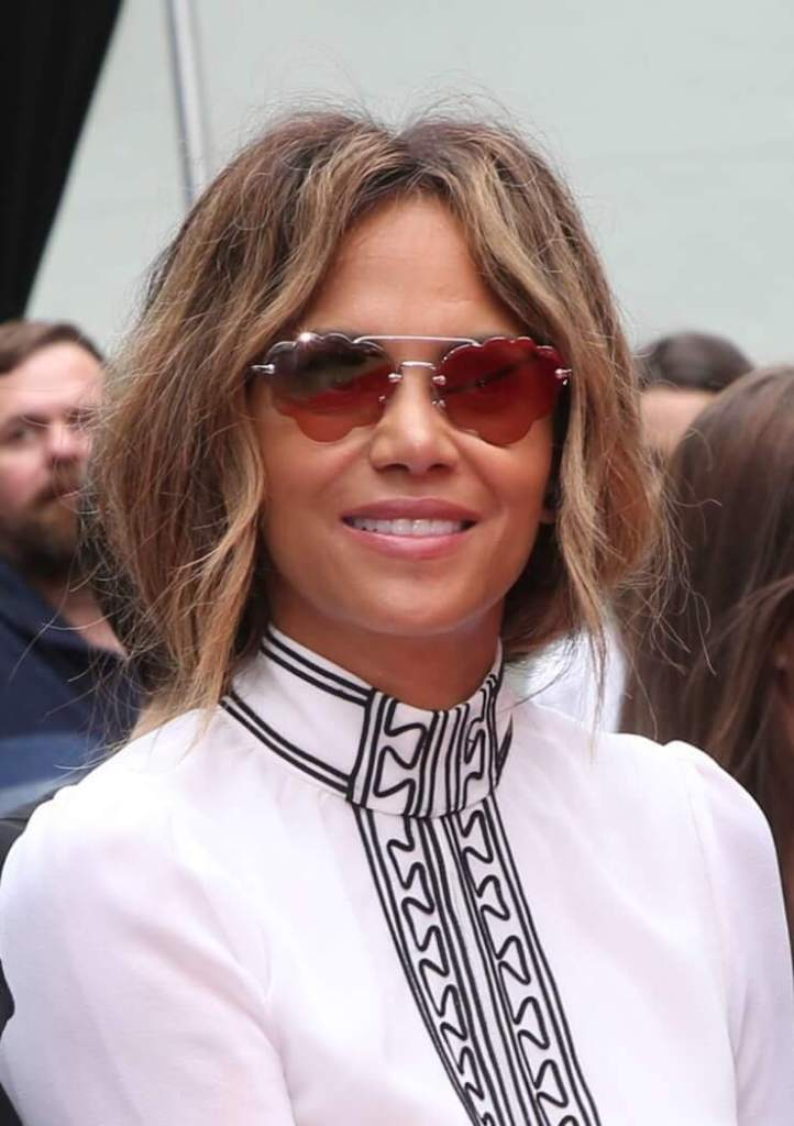 59+ Charming Photos of Halle Berry 121