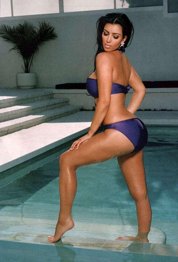 45+ Glamorous Photos of Kim Kardashian 5