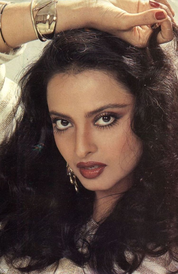 Beautiful Photos of Rekha 3