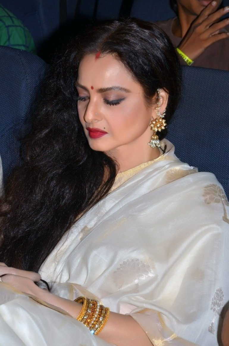 Beautiful Photos of Rekha 5
