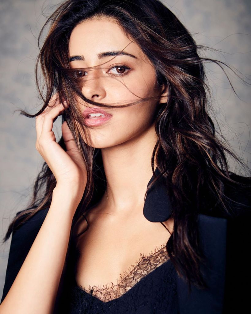 51+ Glamorous Photos of Ananya Panday 2