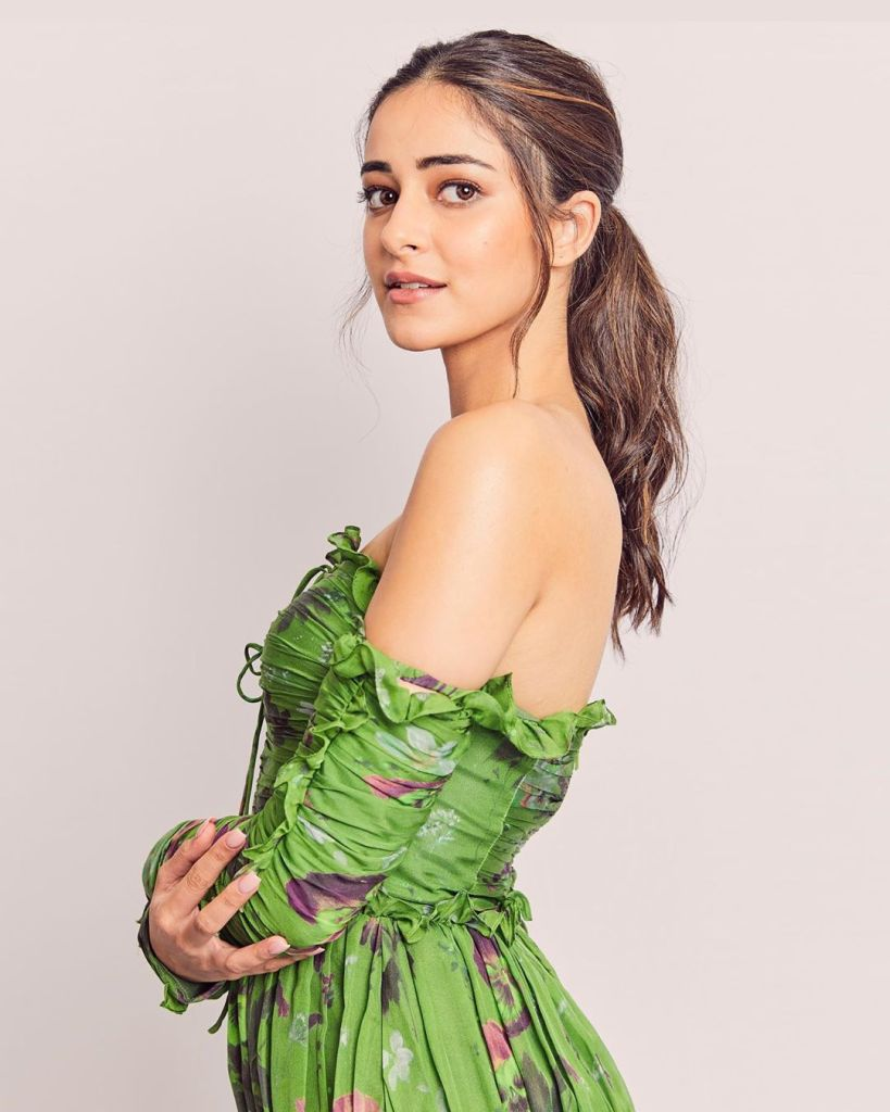 51+ Glamorous Photos of Ananya Panday 18